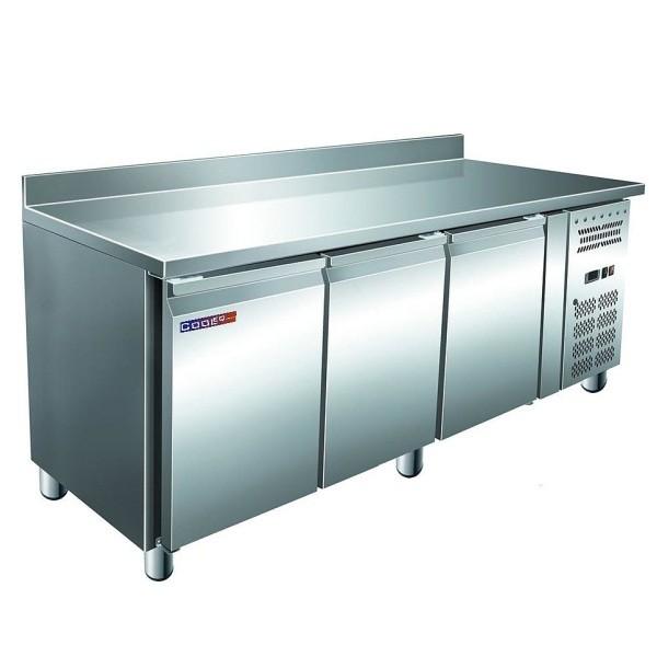 Стол холодильный Cooleq GN3200TN